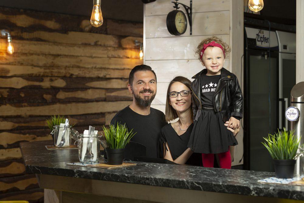 Road Diner Innsbruck - Inhaber Portrait Familie