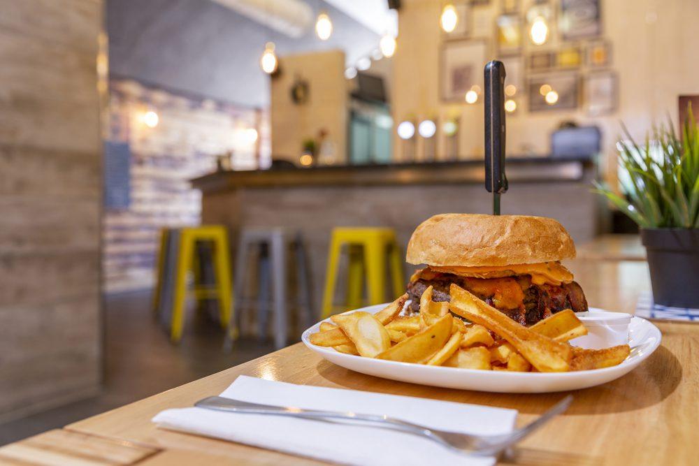 Road Diner Innsbruck Burger