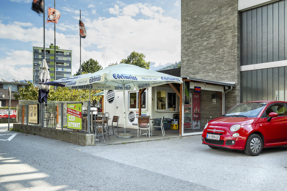 Road Diner Hall in Tirol